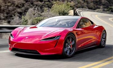 Tesla empezará a cobrar los seguros según la forma en que conduzca la persona